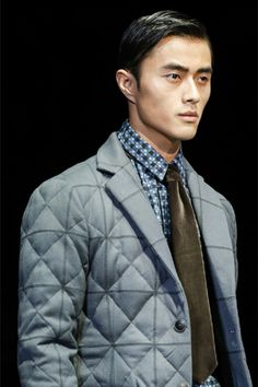 Triangle/square quilted blazer