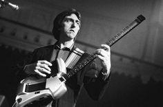 Master Guitarist Allan Holdsworth Dies at 70 http://www.billboard.com/biz/articles/7760531/master-guitarist-allan-holdsworth-dies-at-70