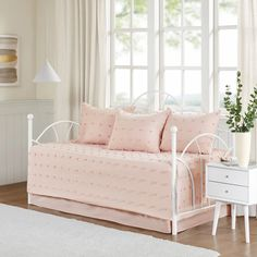 Brooklyn Cottage/Country 100% Cotton Jacquard 5Pcs W/Chenille Dots Day – English Elm Daybed Cover Sets, Daybed Sets, Daybed Bedding, Pink Bedding, Bedding Sets, Luxury Bedding, Shabby Chic Bedrooms, Furniture Covers, 1 Piece