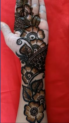 Mehndi Designs Front Hand, Indian Henna Designs, Henna Tattoo Designs Simple, Latest Bridal Mehndi Designs, Full Hand Mehndi Designs, Stylish Mehndi Designs, Henna Art Designs, Mehndi Designs For Beginners, Mehndi Designs For Girls
