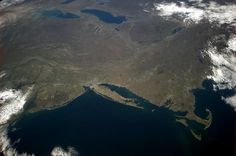 """Chris Hadfield 9 May """"Chesapeake to Cape Cod to Lake Huron - in a glance, so much history, geology and geography. Back Photos, Cool Photos, The Ocean Led Zeppelin, Chris Hadfield, Earth Photos, State Of Colorado, Lake Huron, Aerial Photography, Rhode Island"""
