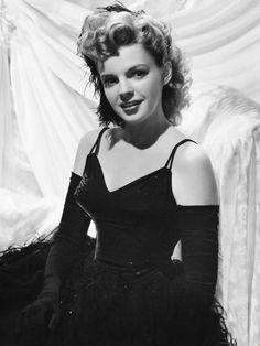 "miss-vanilla: ""Judy Garland, 40's. """