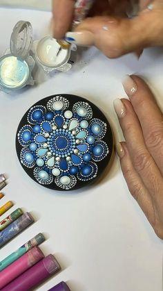 Mandala Art Lesson, Mandala Drawing, Mandala Painting, Dot Art Painting, Painting Tips, Stone Painting, Mandala Pattern, Mandala Design, Copper Wire Art