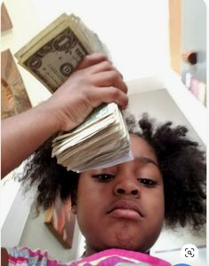Learn To Earn More Today. Learn How To Make Money Online. Making money online can be as easy as just putting your mind to doing it. The only things you will need are a computer and a reliable Internet connection. Boujee Aesthetic, Bad Girl Aesthetic, Aesthetic Pictures, Funny Reaction Pictures, Meme Pictures, Meme Faces, Funny Faces, Laughing Funny, Current Mood Meme