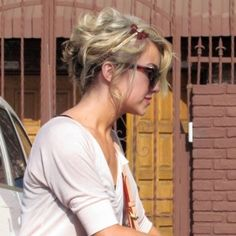 Chelsea Kane.... Just live her cut