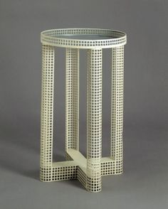 Side table, designed by Josef Hoffmann, made by Wiener Werkstätte, Vienna, Design Furniture, Home Decor Furniture, Vintage Furniture, Furniture Board, Joseph Hoffman, Art Nouveau, Vienna Secession, Art Decor, Decoration