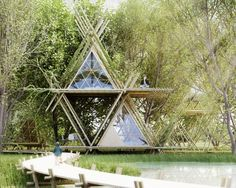 The treehouse takes some design cues from the Native American Tipi (Image: Penda)