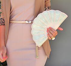 Fan purse. Need it in my hand.