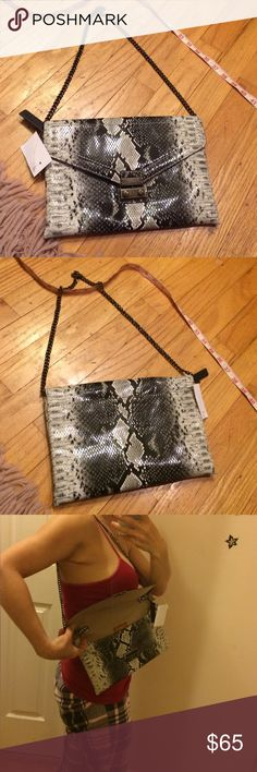"""J.Crew animal print clutch with bronze chain strap BNWT. This is a fantastic clutch Abd actually still large enough to carry around your essential. Usually clutches are too small for me. Flap closure that clicks closed that looks almost like a lock. 10"""" x 7"""". Bronze chain strap that fits nicely inside. If you choose not to use but does fall exactly at the right place. Not too long: 28"""".  I kind of love this bag. Can't think of anything they didn't think about with the details. J. Crew Bags…"""