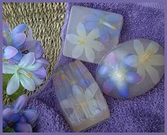 Melt & Pour Soap w/ Embedded Flowers