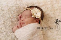 Bebé arcos... Diadema de flores...Venda de por ThatUniqueBowtique, $8.95