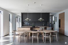 intressantahus-tido-09 Kitchen Interior, New Kitchen, Kitchen Dining, Kitchen Decor, Modern Kitchen Design, Modern Design, Scandinavian Kitchen, Interior Decorating, Interior Design