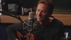 Bryan White is an American country music artist who's known for his number one hits Someone Else's Star and Rebecca Lynn. Celebrity Smiles, Celebrity Singers, Want To Be Loved, Give It To Me, Country Singers, Country Music, Bryan White, The Heart Of Man, Wedding Music