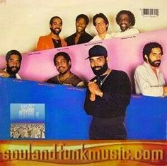 Maze featuring Frankie Beverley - We Are One. One of my favourite songs of all time! Dope Music, I Love Music, Sound Of Music, Kinds Of Music, Music Music, Soul Funk, R&b Soul, Frankie Beverly, Video R
