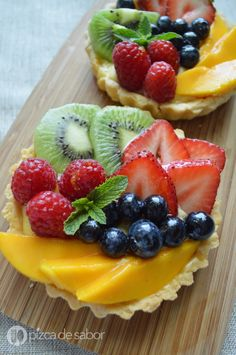 Cocina – Recetas y Consejos Mini Desserts, Delicious Desserts, Yummy Food, Tart Recipes, Sweet Recipes, Dessert Recipes, Cooking Recipes, Fruit Tartlets, Mini Fruit Tarts