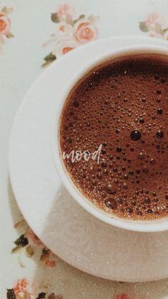 Coffee Girl, I Love Coffee, Hot Chocolate Coffee, Coffee Drink Recipes, Coffee Instagram, Snap Food, Coffee Photography, Food Photography, Good Morning Coffee