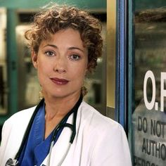 Tv doctor Elizabeth Corday - ER (Alex Kingston)  1997-2004