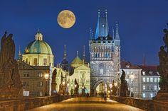 The moon over Old Town of Prague from Charles bridge, Czechia Pont Charles, Charles Bridge, Prague City, Prague Castle, Lonely Planet, Cafe Concert, European City Breaks, Visit Prague, Travel