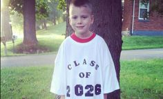 9 fun and original ideas for awesome back-to-school pics... Share your favorite BTS photos with us on our Facebook page! www.facebook.com/i9sports