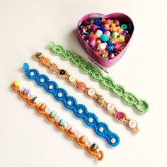 crochet bracelet a little crochet arm candy Crochet Bracelet Pattern, Crochet Jewelry Patterns, Crochet Beaded Bracelets, Crochet Accessories, Bracelet Patterns, Crochet Necklace, Crochet Jewellery, Love Crochet, Bead Crochet