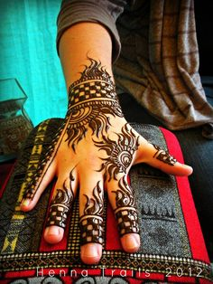 Thursday Night Market henna 2012 by Henna Trails, via Flickr