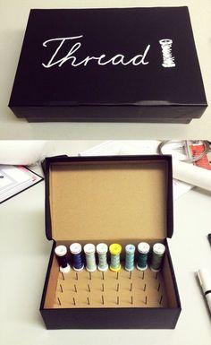 DIY: Thread Spool organizing box. DIY: Caja organizadora de carretes de hilo.