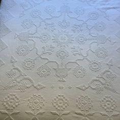 Full or Queen Chenille Bedspread Vintage by RetroResaleSanDiego