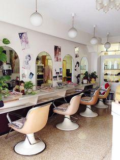 レトロな美容室