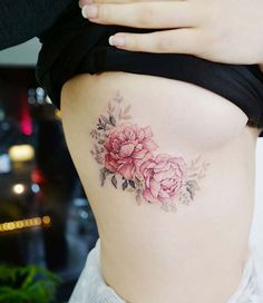 We love peony tattoos and think you will too, so we have put together 41 beautiful tattoo designs. You will want one of these pretty tattoos, for sure! Tattoo Side, 16 Tattoo, Arrow Tattoo, Pussy Tattoo, Great Tattoos, Body Art Tattoos, Small Tattoos, Line Tattoos, Tatoos