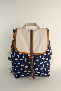 umbrella print back pack