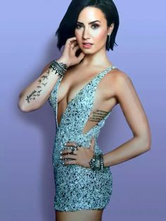 demi lovato cosmopolitan   Demi Lovato: Cool For The Summer, ecco il fantastico lyric video