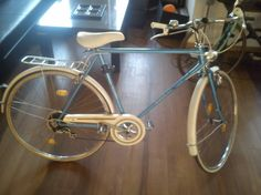 Frech city bike ALFIRA, realy realy cosy, well preserved and with all original parts ^^ this is for lazy days yey!