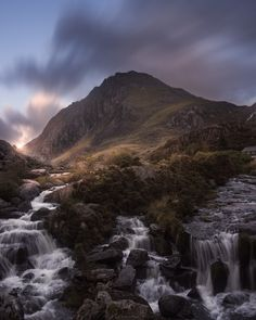 Amazing Photography, Landscape Photography, Snowdonia, Travel Abroad, Nature Pictures, Landscape Art, Mountains, Cymru, Welsh