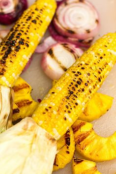 What's on the Grill Grilled Pineapple Corn Salsa Gegrillte Ananasmaissalsa Corn Dip, Corn Salsa, Fresh Fruits And Vegetables, Fruit And Veg, Veggies, Corn Recipes, Mexican Food Recipes, Healthy Recipes, Grilling