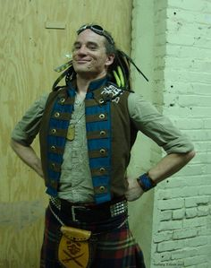 Nathaniel is there. No exceptions. Steampunk wedding = Abney Park members.