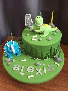 Dinosaur Birthday Cakes, 4th Birthday Cakes, Dinosaur Party, Birthday Parties, Dinasour Cake, Cake Decorating Frosting, Cakes For Boys, Baby Party, Cake Smash