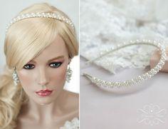 """**Kollektion ♥Luxury Wedding♥ - Etwas außergewöhnliches für die Braut, die das """"Extravagante"""" sucht und liebt**   Traumhaft schönes Haarreif/Diadem mit verschiedenen Perlen in ivory oder rosa...."""