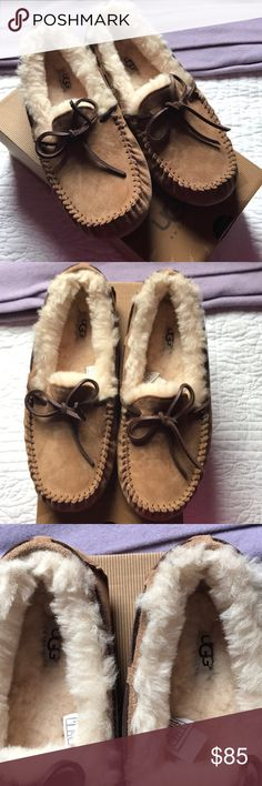 Ugg Slippers Womend Dakota. 9 Never worn. Only tried on. 100% authentic. No offers. Final price as I'm already loosing money on these. Smoke free. UGG Shoes Slippers