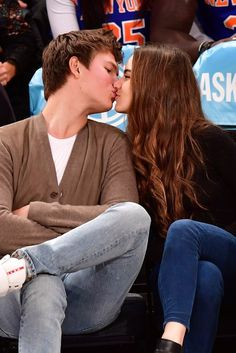 These Photos of Ansel Elgort and His Girlfriend at the Knicks Game Pair Perfectly With Elf Quotes
