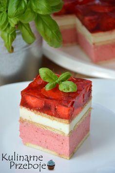 Truskawkowiec bez pieczenia - KulinarnePrzeboje.pl Polish Desserts, Polish Recipes, Cookie Desserts, Dessert Drinks, Dessert Recipes, Homemade Cakes, Baking Tips, Cake Cookies, Finger Foods