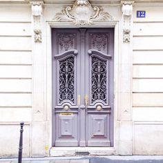 "joyceinparis: "" Quiet Sunday morning. #paris (à Paris, France) """