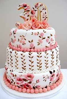 So with a few small changes, could be a new twist on old-school flowers wedding cake...