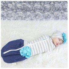 Woombie Hip baby kapalo ja hattu Nukkuminen