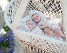 Wonder if I can do something like this with the old family bassinette, for another generation of babies to use outdoors?