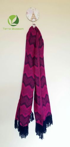 Terra Blossom Provides Natural And High Quality Products. Men And Womens Alpaca Scarves, Alpaca Clothing, Alpaca Socks, Baby Alpaca Blankets, Alpaca Yarns And Other Exclusive Or Natural Products We Source For You. Alpaca Socks, Alpaca Blanket, Alpaca Scarf, Wool Socks, Baby Alpaca, Wool Scarf, Ethnic Style, Ethnic Fashion, Cotton Dresses