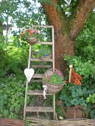 Just snagged an old ladder from the neighbors trash...I'm thinking this.