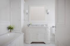 porter vanities for girls bathrooms Bathroom Vanity Units, Ensuite Bathrooms, Small Bathrooms, Master Bathroom, Small Shower Room, Small Showers, Tudor, Bathroom Inspiration, Bathroom Ideas