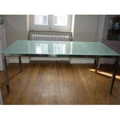 1000 images about dining tables on pinterest ikea dark dining rooms and d - Console en verre ikea ...