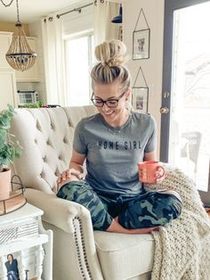 Lazy Fall Outfits, Cute Comfy Outfits, Stylish Mom Outfits, Comfy Clothes, Cute Lounge Outfits, Cute Legging Outfits, Summer Mom Outfits, Leggings Outfit Winter, Casual Outfits