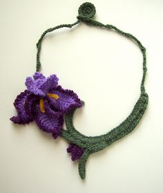 Crochet Purple Iris Necklace | A delicate 2 tone purple iris… | Flickr